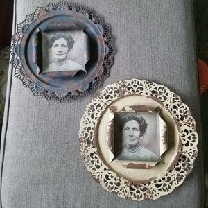 Set of two antique-style wall frames